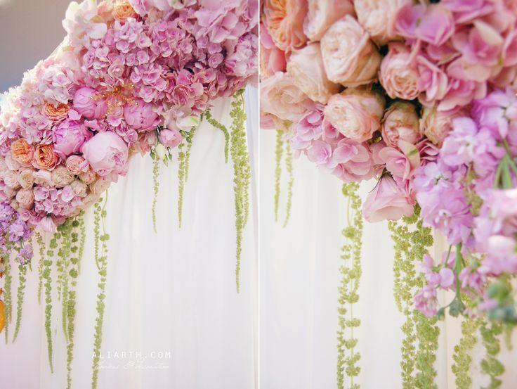 Floral arrangement | Arch https://www.facebook.com/aliarth.page/