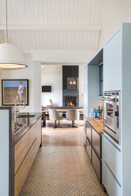 keuken ontwerp Bart van Bekhoven, gemaakt door Tinello keukens