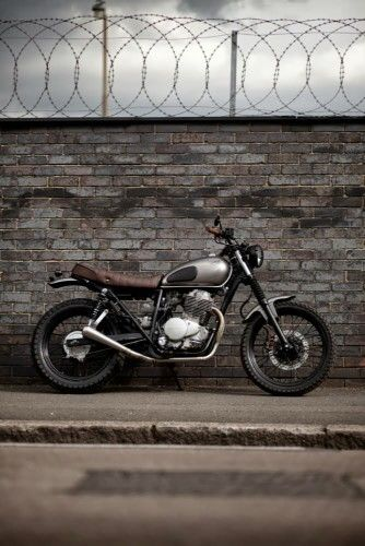 Street Tracker #motos #motorcycles | caferacerpasion.com