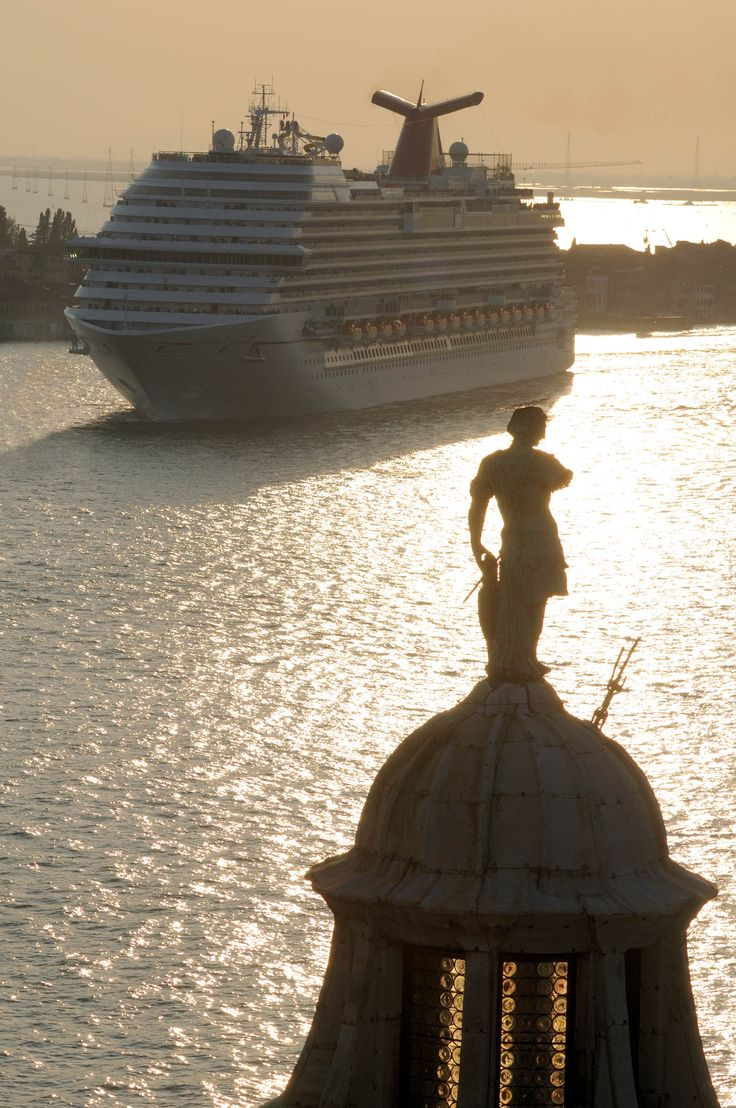 The Carnival Breeze arrives in Venice. I can't wait to take another