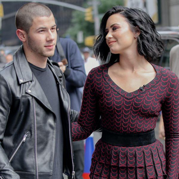 Demi Lovato And Nick Jonas Play Ball In New York - http://oceanup.com/2016/07/08/demi-lovato-and-nick-jonas-play-ball-in-new-york/