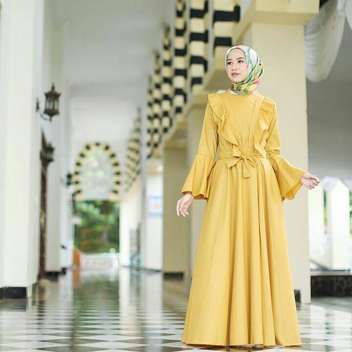 #repost from @hijup  #hijaboutfit #hijablook #hijabstyle #hijab #hijabi #hijabista #hijabers #hijabinspiration #hijabfashionista #hijabfashion #modestfashion #modestwear #fashion