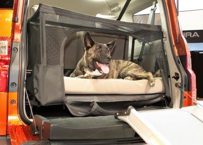 NY Show: Honda Element with Dog-Friendly Accessories