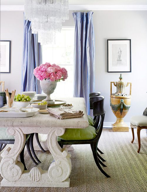 eleganteDecor, Dining Rooms, Colors Combos, Dining Room Tables, Interiors Design, Diningroom, Dining Room Design, Gray Wall, Dining Tables