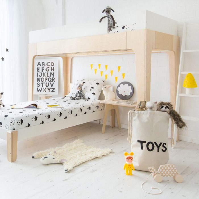 How amazing is this kids room? And the bunk bed is a great option from age 3 to teens.
