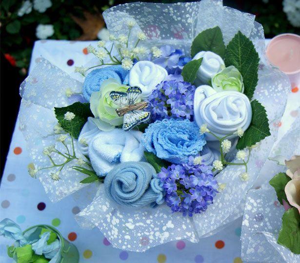 İlginç bir hediyeye ne dersiniz ? Bu çiçek görünümlü hediye setleri çok seviliyor... #bebekhediyeseti