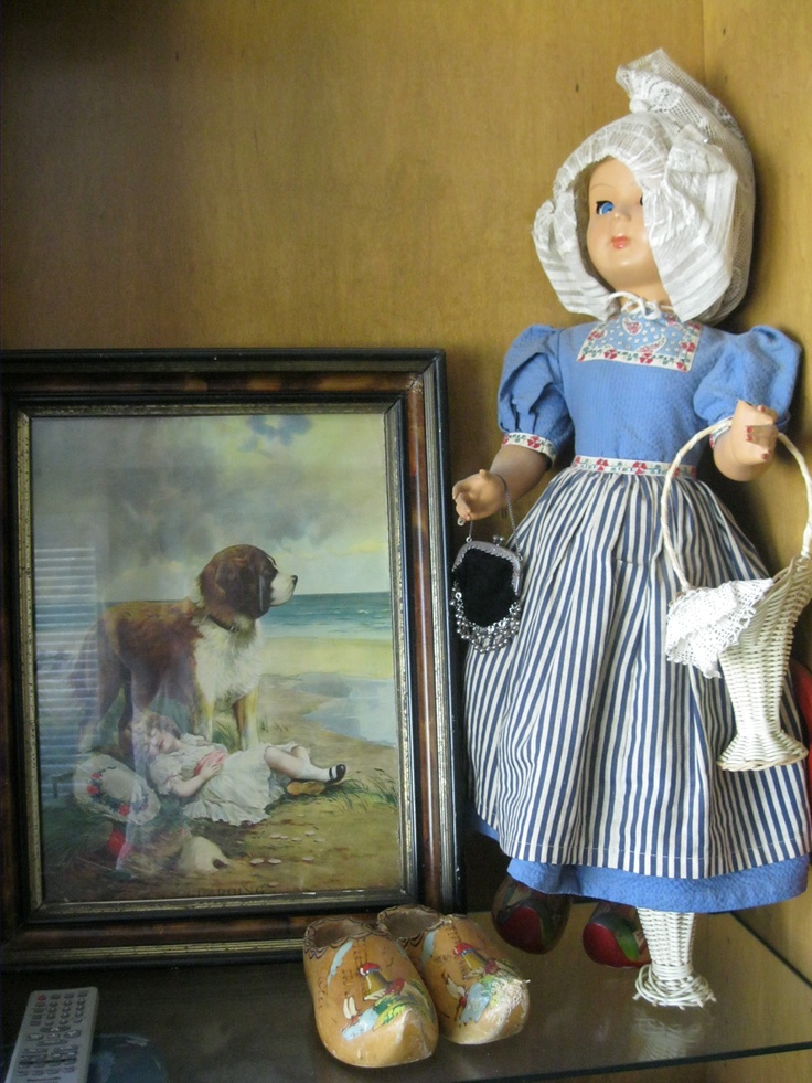 Picture w/doll on shelf accent wooden shoes: Shelf Accent, Pictures W Dolls, Originals Ideas, Wooden Shoes, Accent Wooden