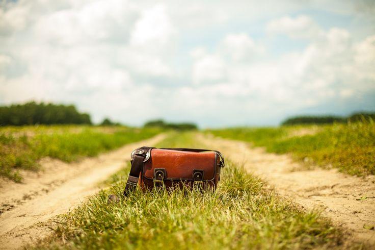 splitshire vintage bag on country roads