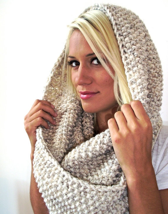 Cowl hand knit, chunky long twisted cream ( Wheat)