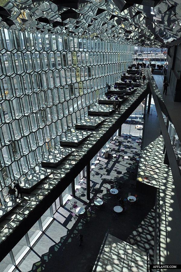Harpa Reykjavik Concert Hall // Olafur Eliasson & Henning Larsen Architects | Afflante.com