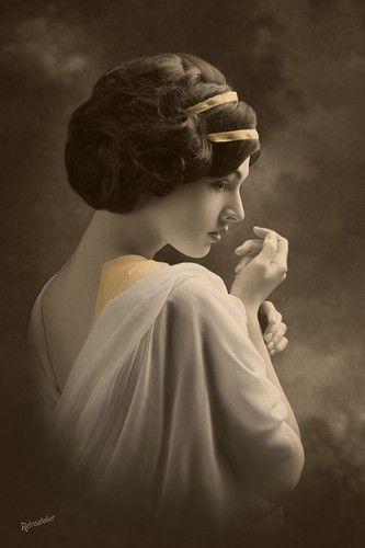 art nouveau vintage beauty