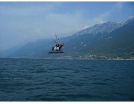 Anfänger und Fortgeschrittene #Kitensurfkurse am #Gardasee in #Italien