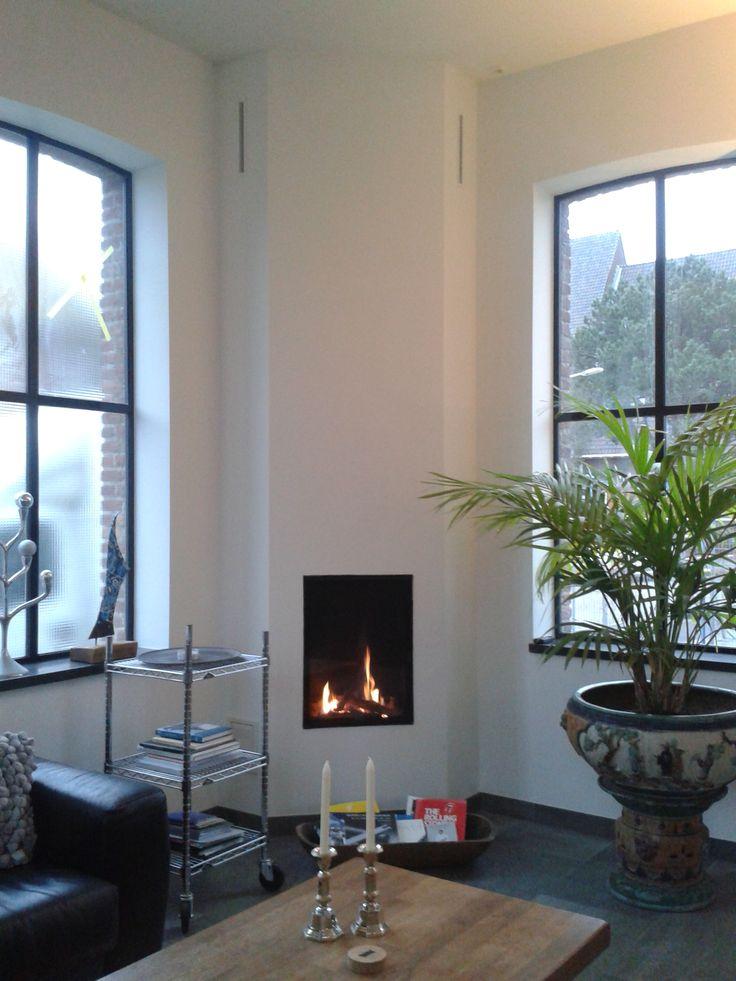 De Wanders Kanda 50 inbouw gashaard van fabrikant @wandersfires bij een klant in Lisse.