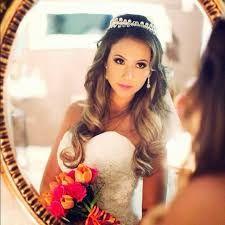 Resultado de imagem para coroa para noiva cabelo solto