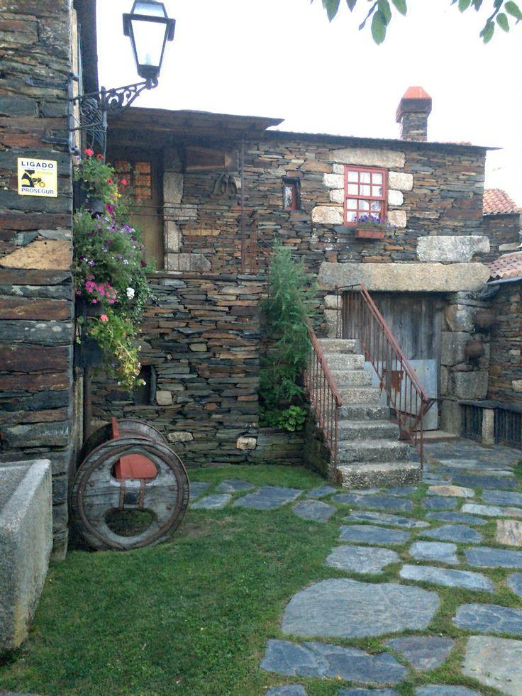 Casa da Viúva - Quintandona - http://4sq.com/H4S0Zo