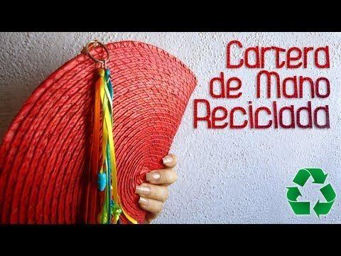 ❤❤ MÁS INFORMACIÓN ❤❤      EN ESTA OCASIÓN LES MUESTRO COMO HACER UNA CARTERA DE MANO MUY BONITA Y SENCILLA, REUTILIZANDO UN MANTEL DE MESA QUE NO QUERAMOS Y EVITANDO TIRARLO. ESPERO LES GUSTE.  ¡¡FELIZ DÍA DE SAN VALENTÍN 2013!! BESITOS!    ~~~~~~~~~~~~~~~~~~~~~~~~~~~~~~~~~~~~    MATERIALES:   - 1 MANTEL DE MESA   - 1 CIERRE DE APROXIMADAMENTE 15 CM   - H...