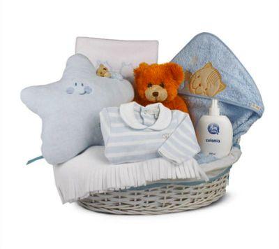 """""""Canastilla de bebé Noche 1"""" - 114€ (envío incluido a toda la península)  Incluye  Cesta de mimbre vestida; Osito; Neceser; Manta Polar; Pijama manga larga"""