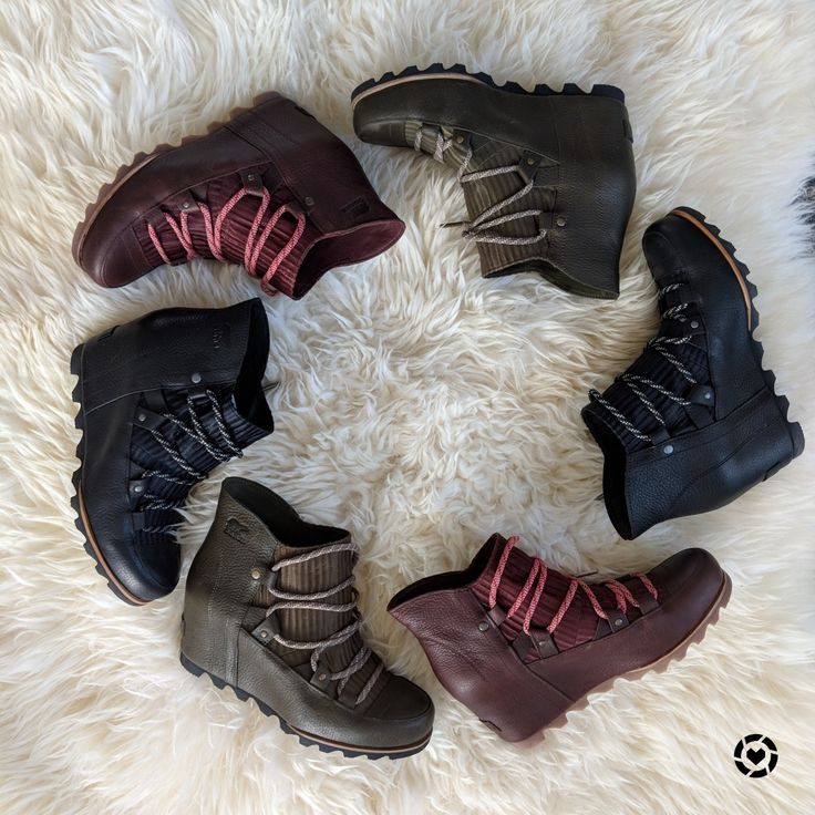 Winter wedge boot love! Find them in your favorite color here: http://liketk.it/2ukJW