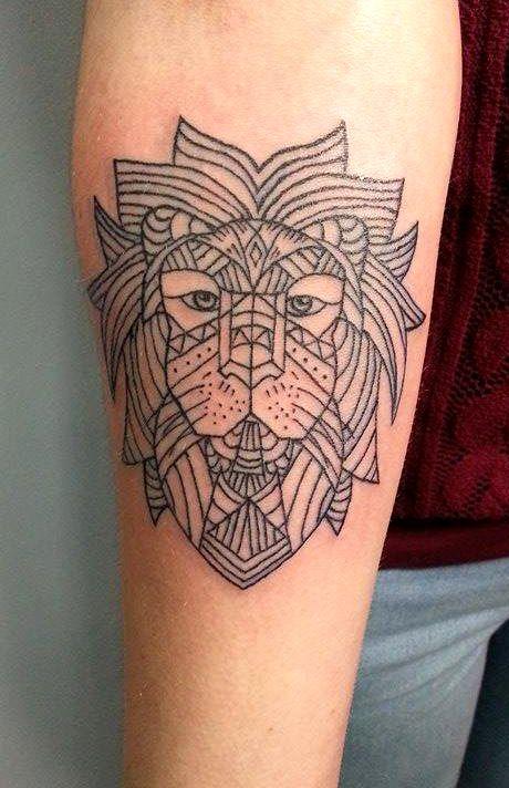 Redberry Tattoo Studio Wrocław #tattoo #inked #ink #studio #wroclaw #warszawa #tatuaz #gdansk #redberry #katowice #berlin #poland #krakow #kraków #kinga #ojrzynska #kingaoj #graphic #kontur #lew #leo #lion