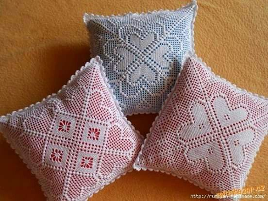 Crocheted Pillows. & 442 best DIY Pillows images on Pinterest | Diy pillows Cushions ... pillowsntoast.com