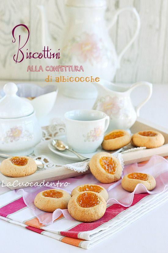 La Cuoca Dentro: Biscottini alla confettura di albicocche