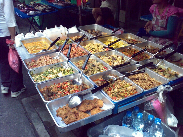delectable street food (for locals not tourists)