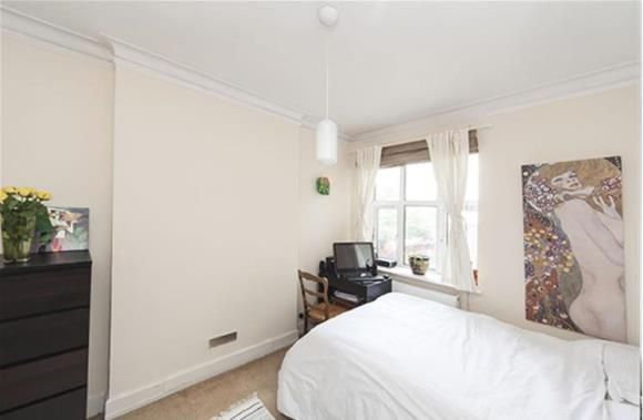 http://www.homes4you.it/appartamento-a-chiswick-high-road_londra