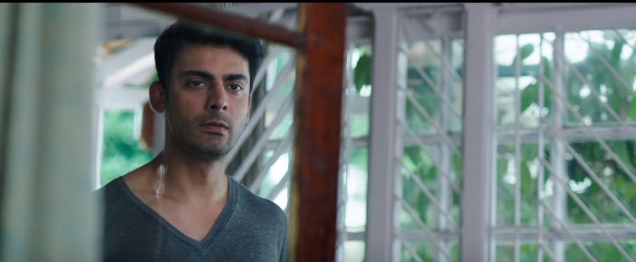 Fawad-Khan-in-a-clean-shaven-look.png (702×289)