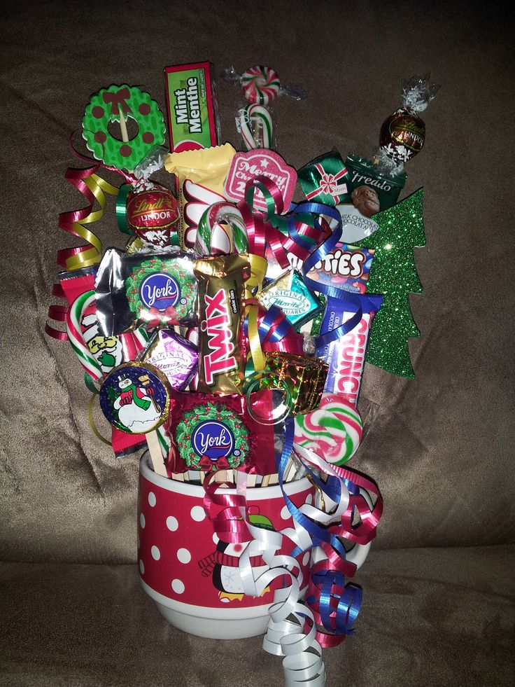 buzzfeed valentine's day gifts - Christmas Candy Bouquet candy boquets