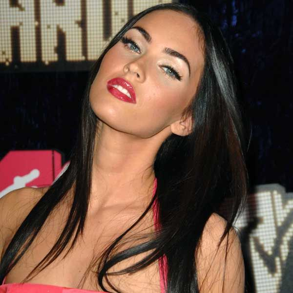 Love Megan Fox's eyebrows. They look full/dense but without being THICK. Great arch, too!