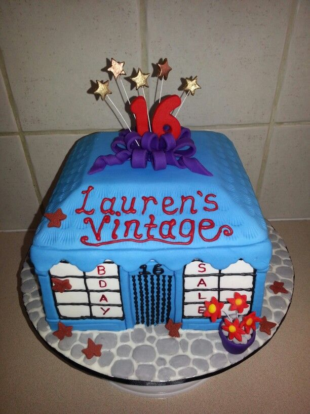 A new spin on a vintage cake. Lauren loved it :)