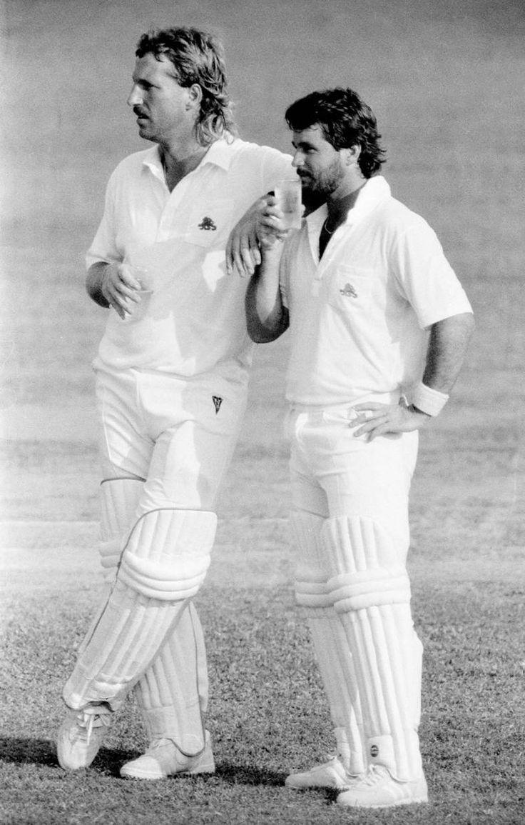 Ian Botham and Allan Lamb: on the pull