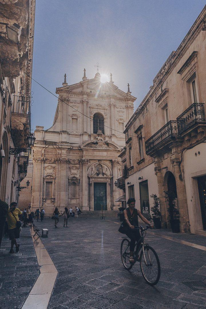 Coucher de soleil sur Lecce - Les Pouilles, Italie