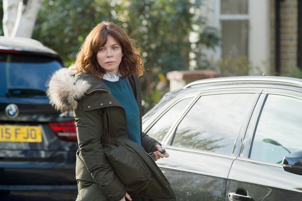 Here's how you can get Anna Friel#s Marcella look