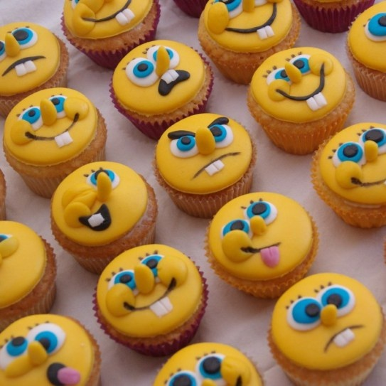 spongebob cupcakes...thy should be square cupcakes, not round.