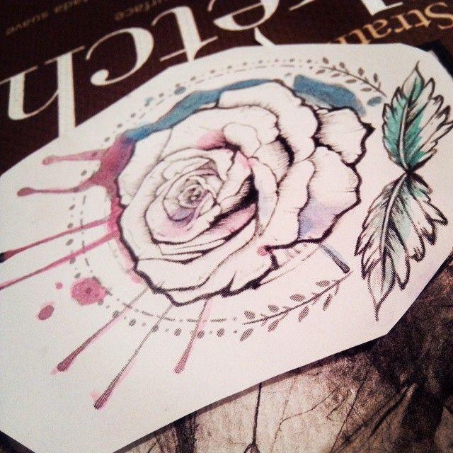 A punto de pasar por la aguja de @6eelze, tatuador estrella <3  #tatuaje #rosa #madre #tattoo #mom #watercolor #pruebadecolor