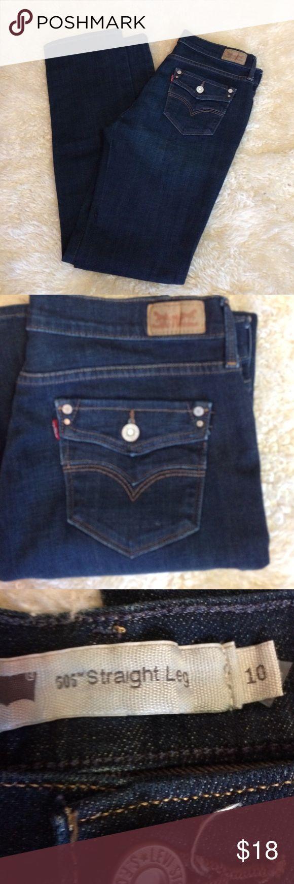 """Levi's 505 jeans size 10 inseam measures 32"""" EUC Levi's 505 jeans size 10 inseam measures 32"""" rise measures 10 inches   In excellent condition great dark wash Levi's 505 Jeans Boot Cut"""