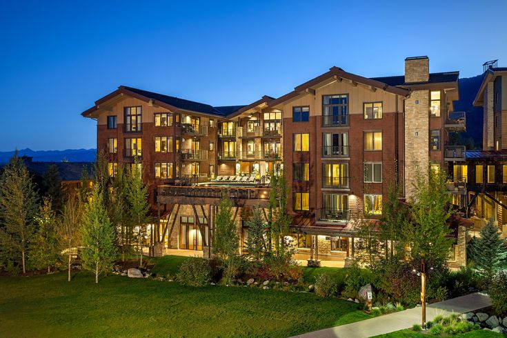 Teton Village, WY | Hotel Terra Jackson  | spa, outdoor infinity pool, rooftop hot tub, ski valet, complimentary concierge services, on-site ski rentals, shopping, hip café, and chic dining at Ill Villaggio Osteria