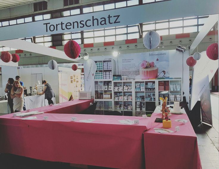Bei der Cake & Bake Messe in Dortmund 😍 #cakeandbake #tortenschatz #tortendesign #picoftheday #photooftheday #love #liebe #messe