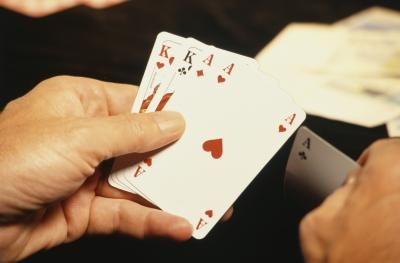 Cómo jugar póquer gratis en línea    eHow en Español