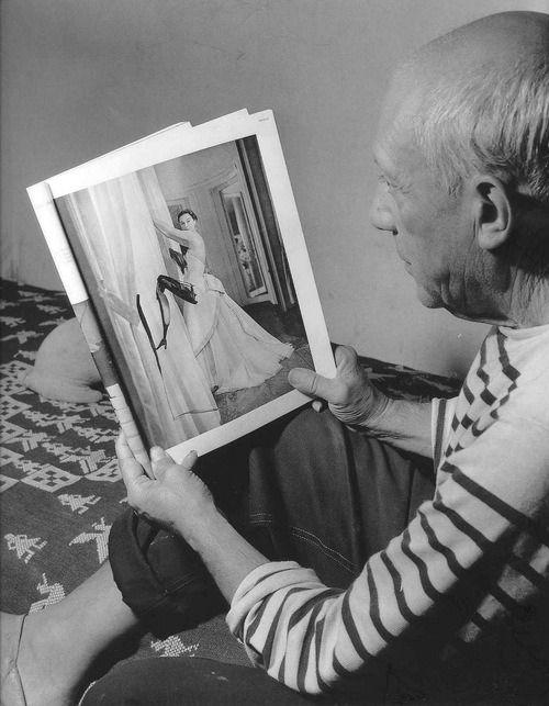 Robert Doisneau (1912 - 1994) - Picasso retouche Vogue