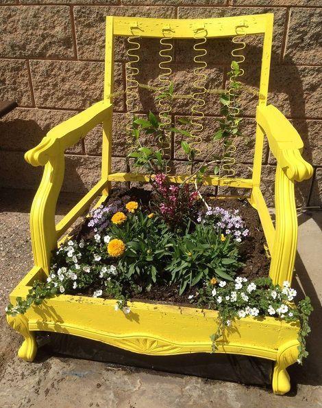 DIY Repurposed Planter !