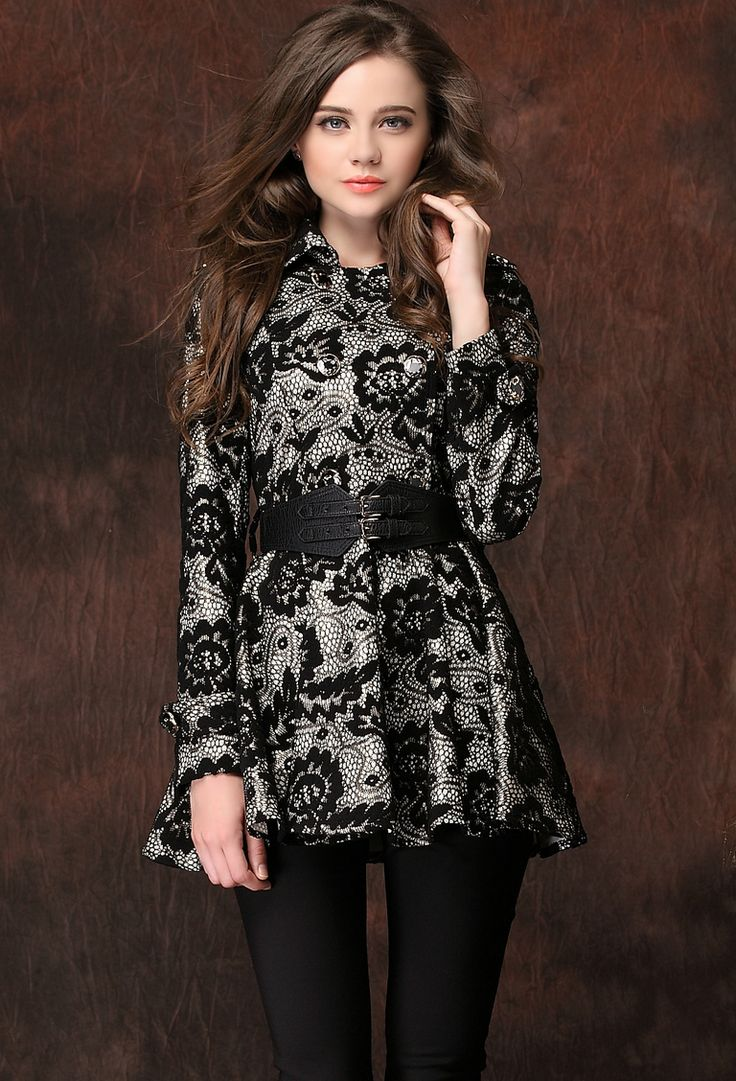 Black Lapel Long Sleeve Embroidered Lace Dress