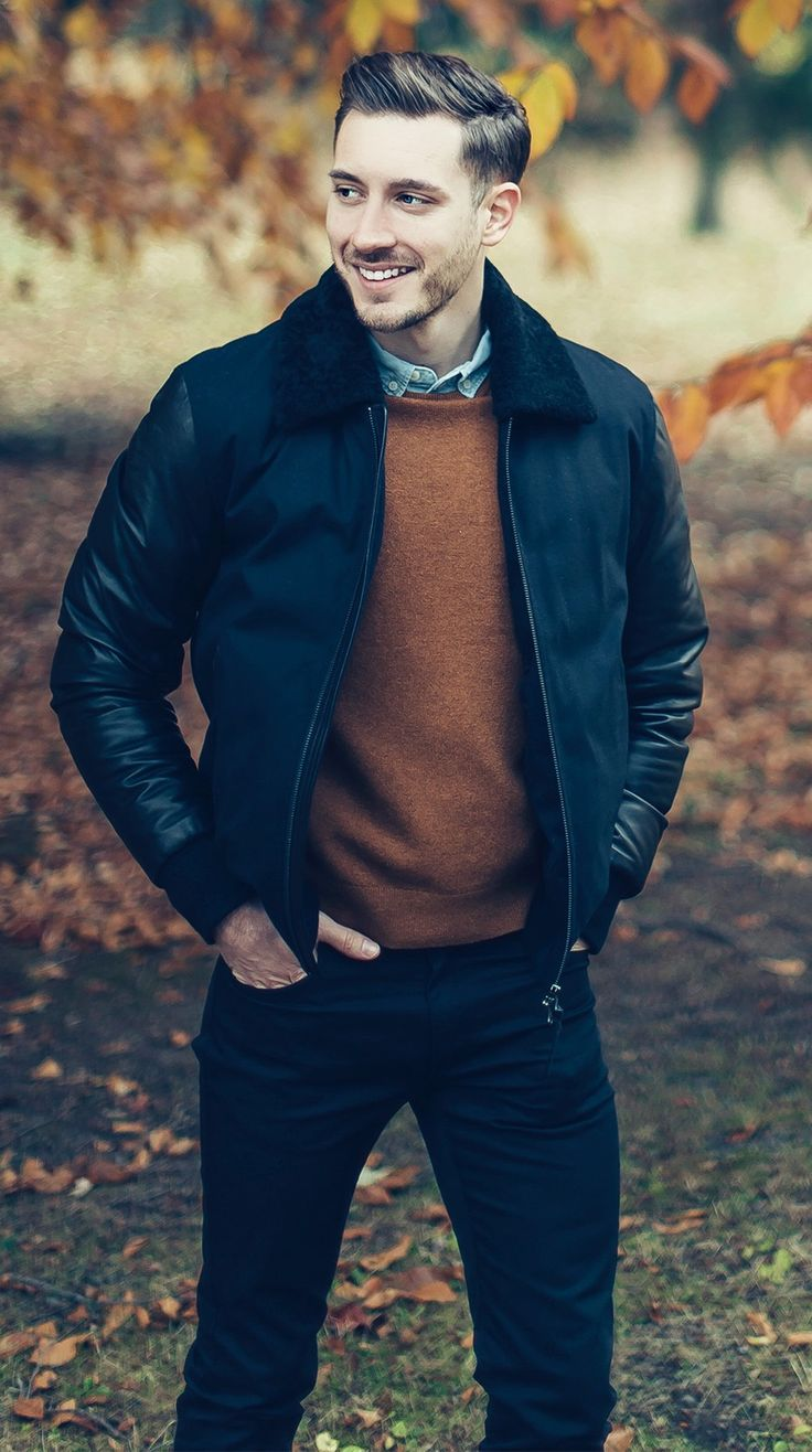 Find your Inspiration @ #DapperNDame Pinterest. dapperanddame.com I love the warmth of the sweater mixed with the cool blue of the button up.