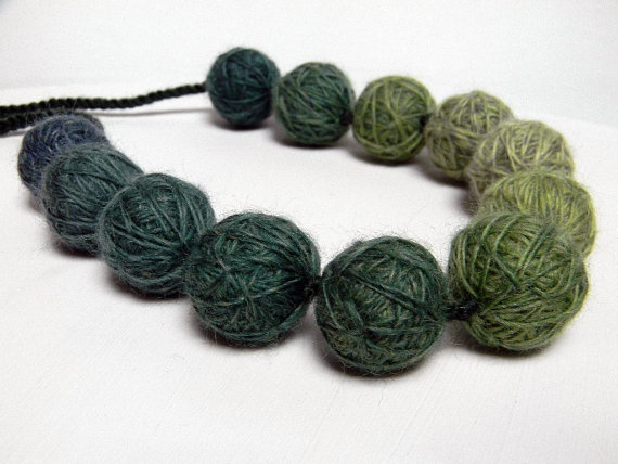 collana  ... idee: Colour Book, Complement Diy, Beads Necklaces, Knits Scalf, Pri Urgente, Bead Necklaces