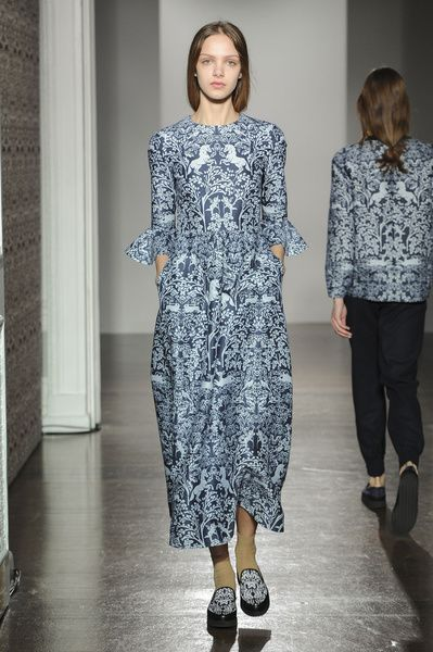 London FW FW 2014/15 – Mother of Pearl. See all fashion show on: http://www.bmmag.it/sfilate/london-fw-fw-201415-mother-pearl/ #fall #winter #FW #catwalk #fashionshow #womansfashion #woman #fashion #style #look #collection #LondonFW #motherofpearl