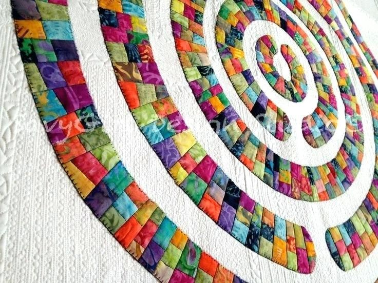 Quilts Made With Circles Cathedral Window Quilt Made With Circles Modern Quilts With Circles Google Search Quilts With Circles