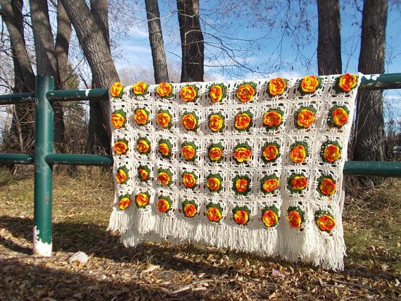 vintage hand made afgha throw blanket flower granny square 3D
