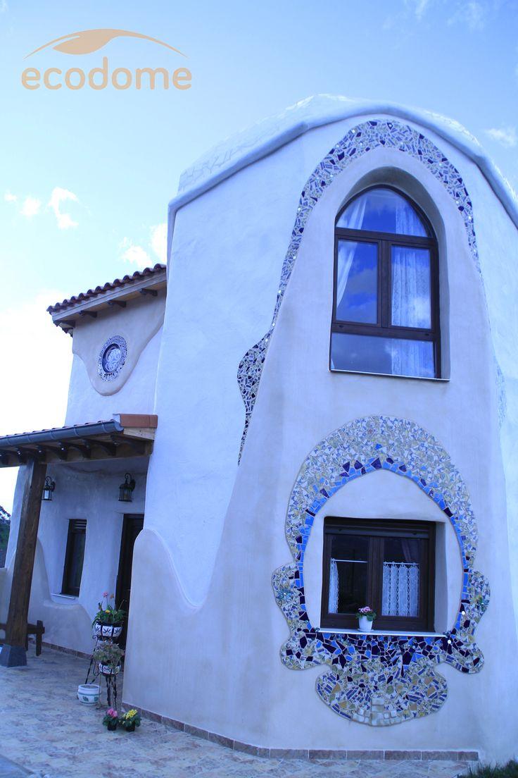 Casa ecol gica de dise o al estilo gaud casas ecodome pinterest house - Modern cob and adobe houses ...