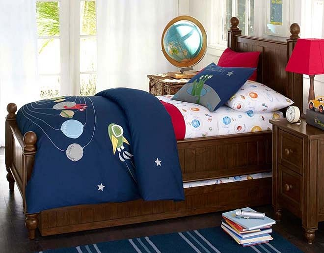 I love the Pottery Barn Kids Solar System Bedroom on potterybarnkids.com